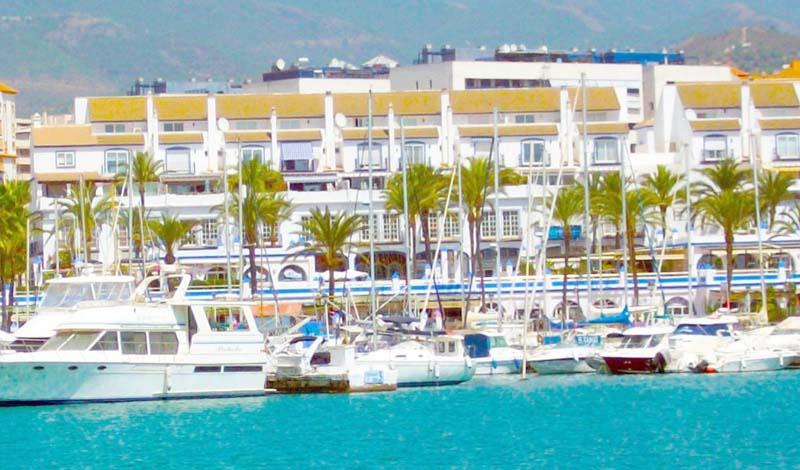 Apartamentos en Puerto Deportivo Estepona